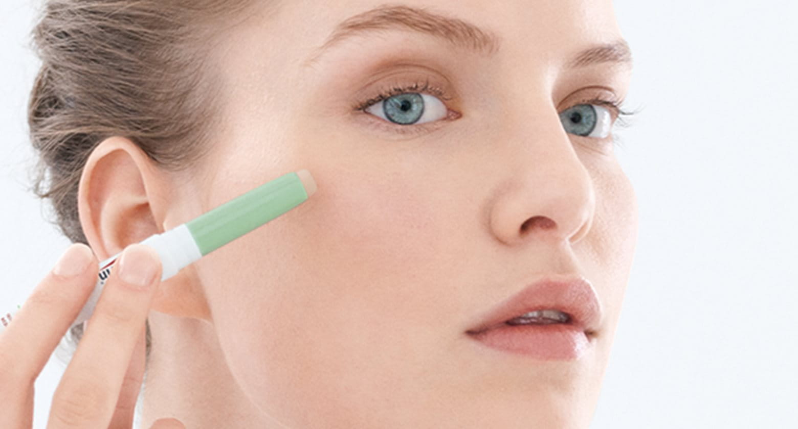 2cb5323bb El acné y el maquillaje ¿Cómo elegir y usar el maquillaje adecuado para mi  piel grasa propensa a imperfecciones?